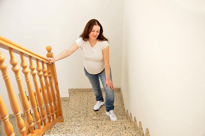 Опасно ли во время беременности подниматься по лестнице - Летидор