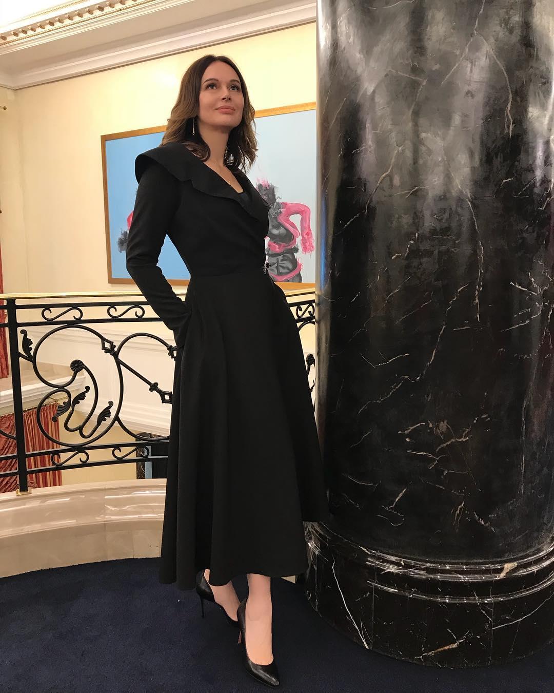Вязание платьев юбок пальто фото схемы каталога воздушные