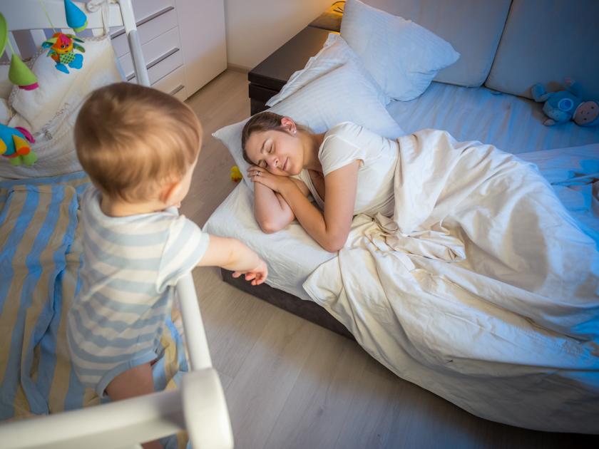 Топ-5 ошибок молодых мам, которые приводят к заболеваниям позвоночника