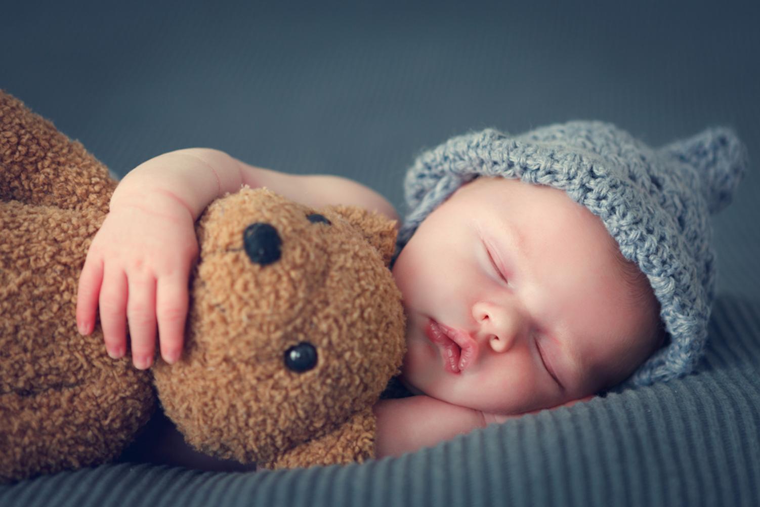 Картинка малышей спит
