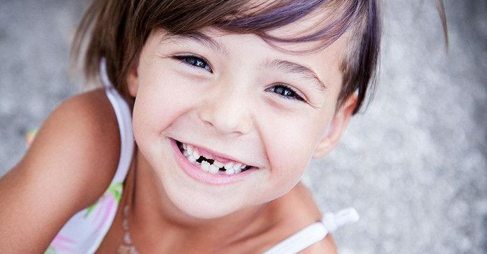 Какие зубы меняются у детей, схема их замены
